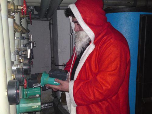 Weihnachtsmann bei der Arbeit_1